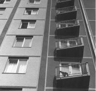 Přednáška Huberta Guzika: Kolektivní a hotelové domy –        Co jsou? Kde se vzaly v Československu? A mají nějakou budoucnost?